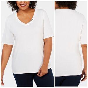 1X 2X White V Neck Elbow Sleeve Top Plus Size